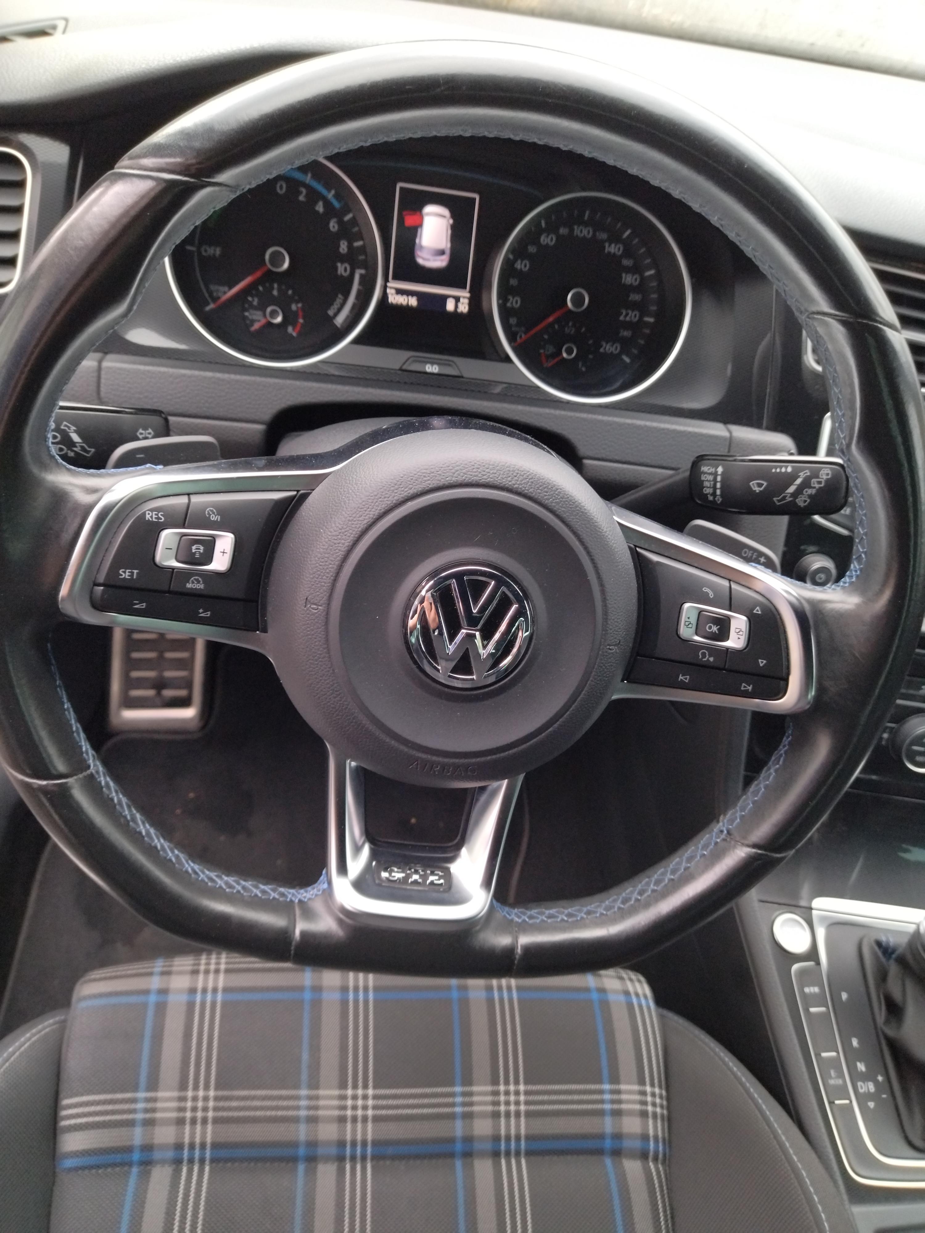 photo_Volkswagen Golf 7 1.4 TSI GTE HYBRID 204 DSG 7 GARANTIE 6 MOIS, Carslift