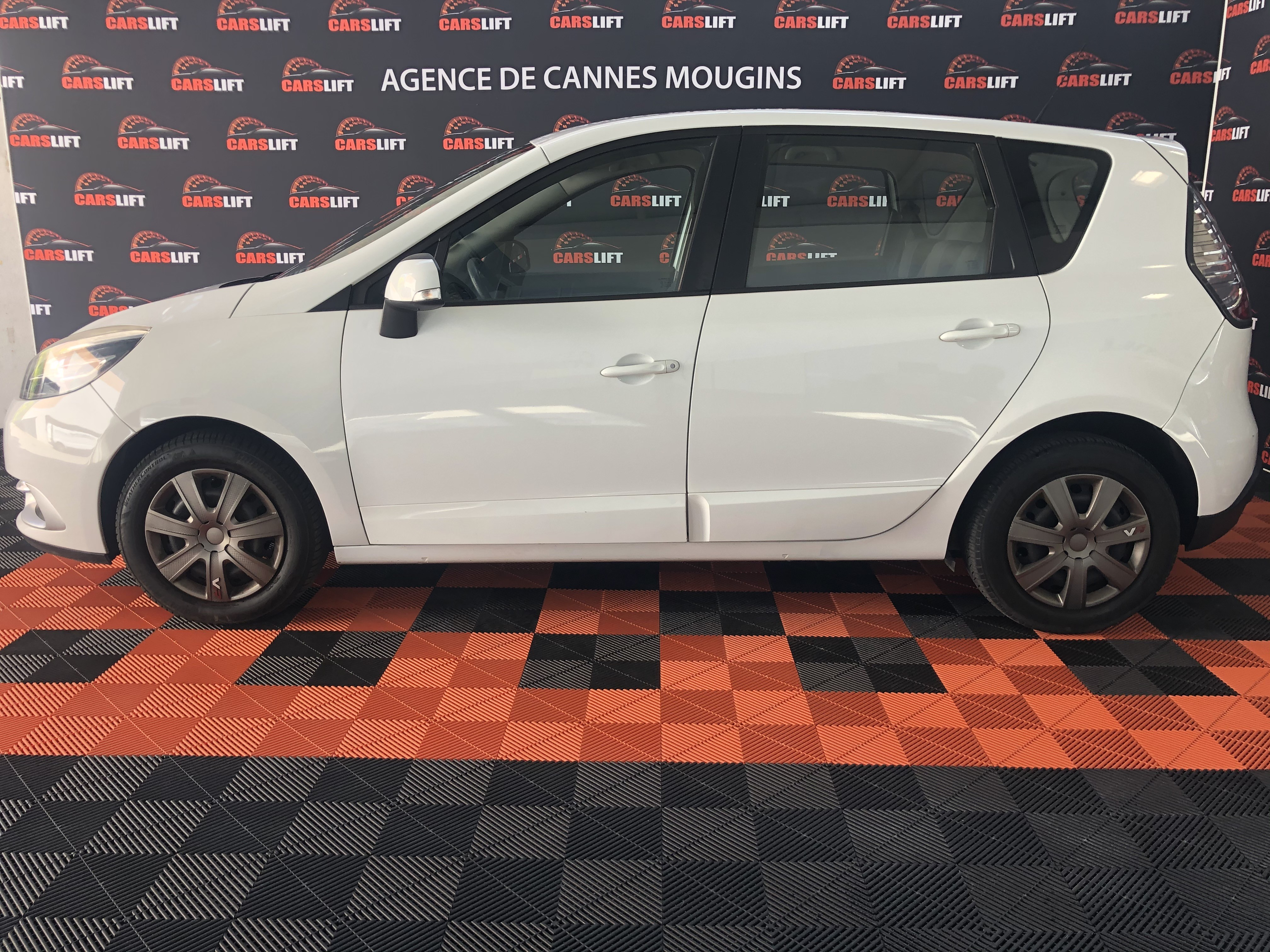 photo_Renault Scenic 3 phase 2 1.5 dci FAP 110 ch S&S Stop Eco 2 LIFE,
